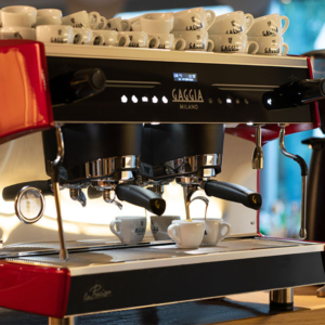 The La Precisa commercial coffee machine is perfect for coffee shops, bars and more.